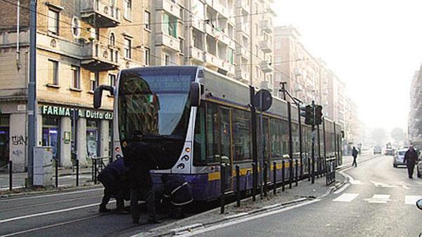 torino-machete-tram